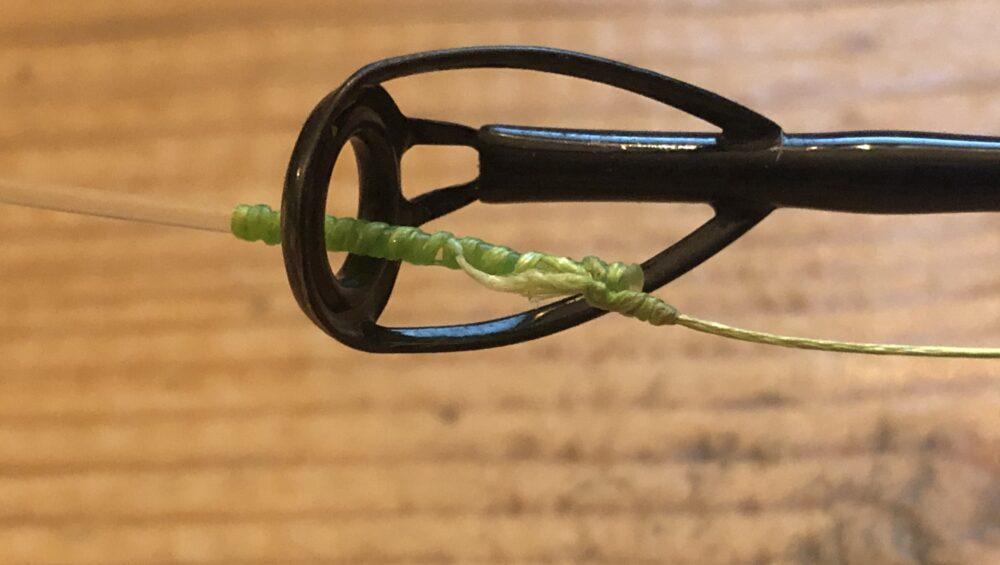 De FG-knoop past door ieder topoog.
